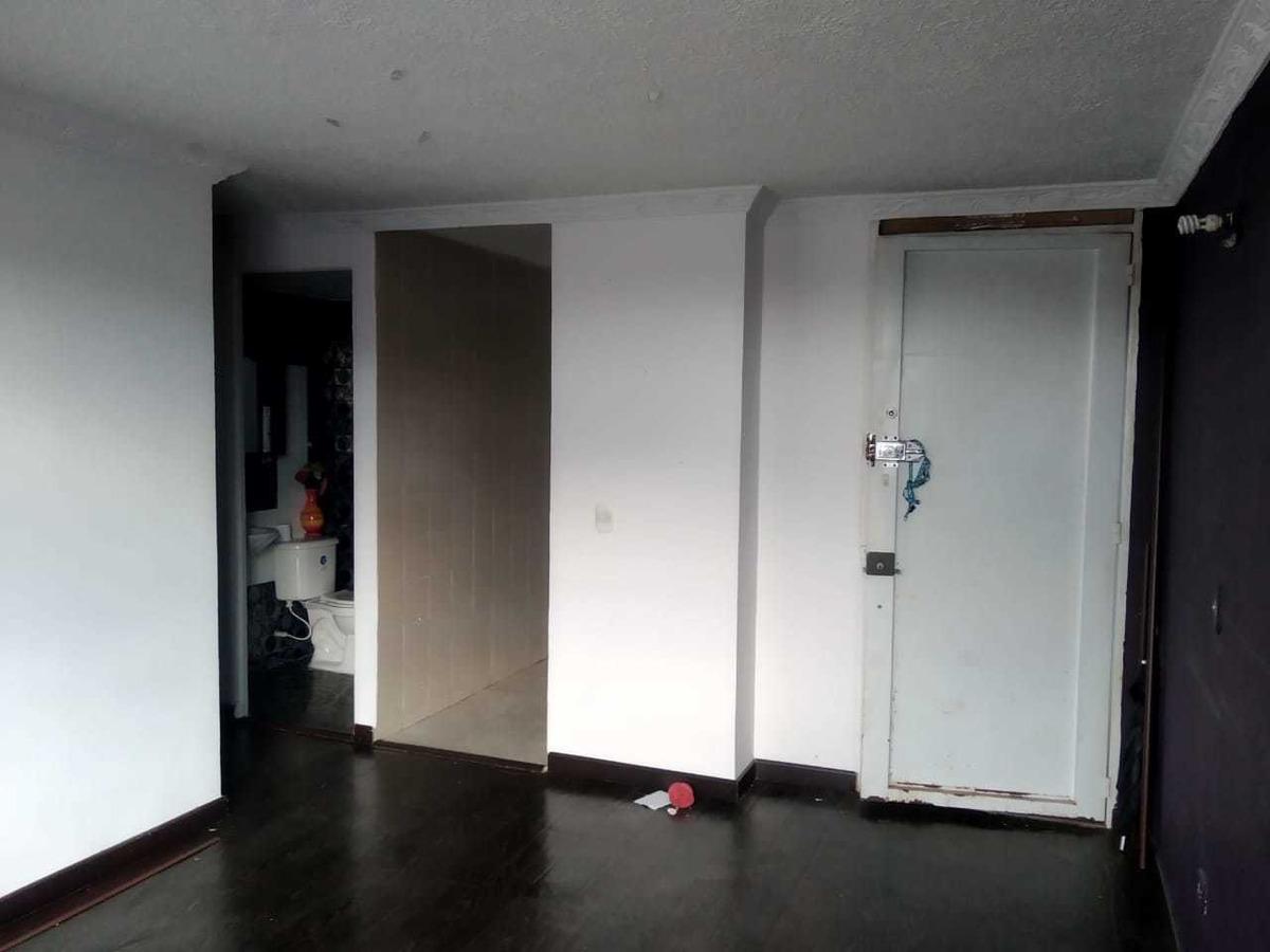 2 habitaciones y un baño