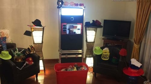 2 horas de cabina fotografica + cubo inflable luces led