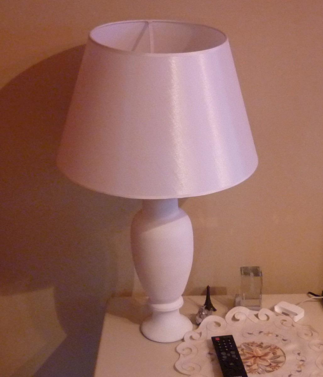 lamparas velador dormitorio blancas con pantallas