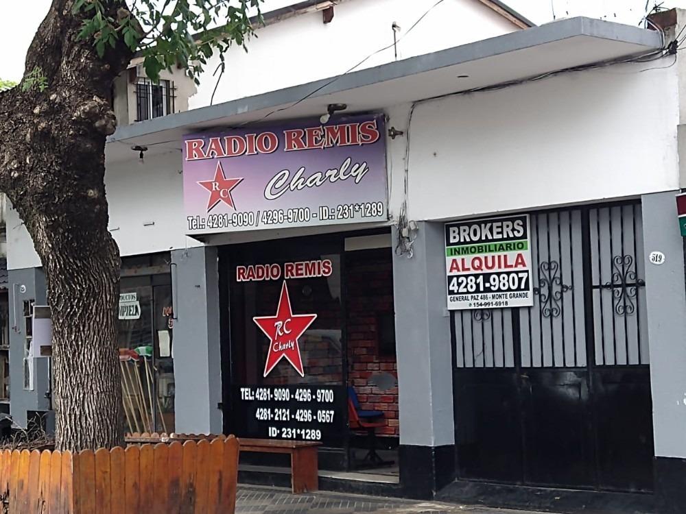2 locales + cochera y deposito en importante ubicacion