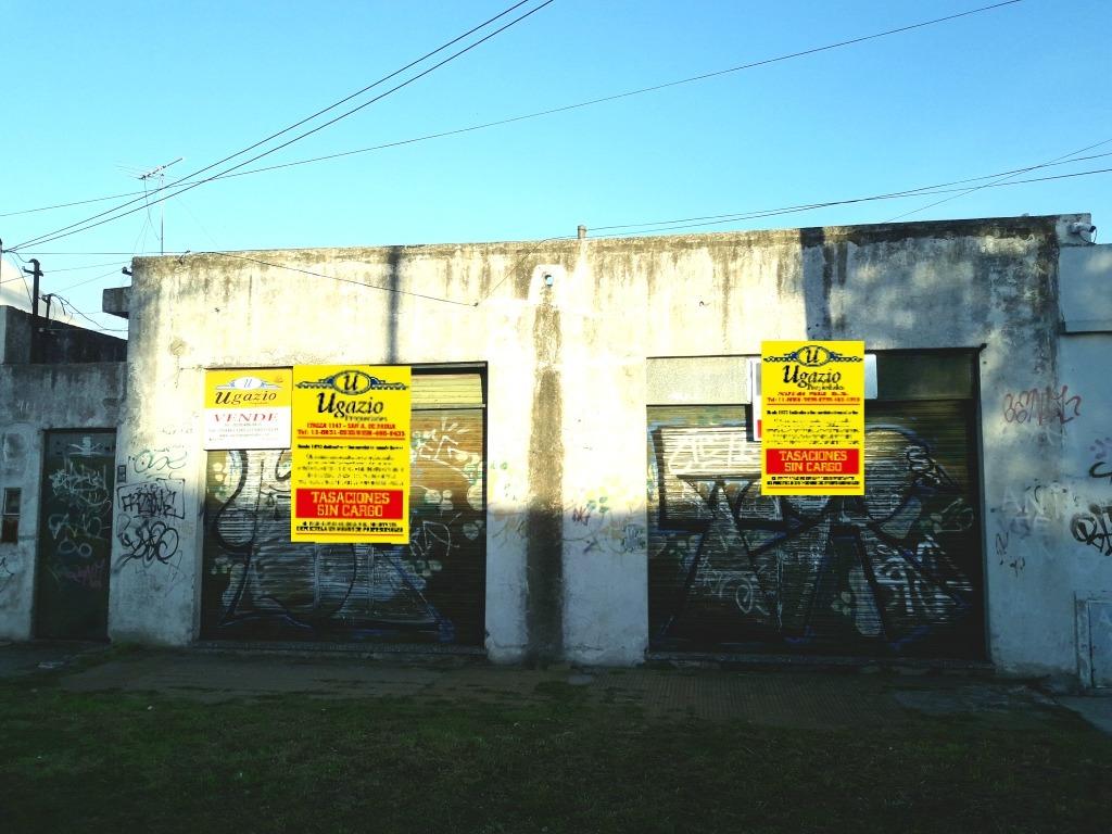 2 locales mas deposito y lote de 10 x 30. ugazio propiedades