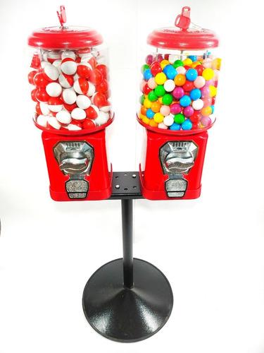 2 máquina de bolinha + pedestal + 120 pokemon + 213 chiclete
