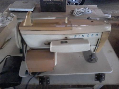 2 máquinas de costura, singer bobina mágica, só para retirar
