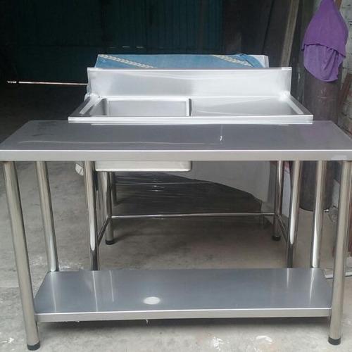 2 mesas y lavadero