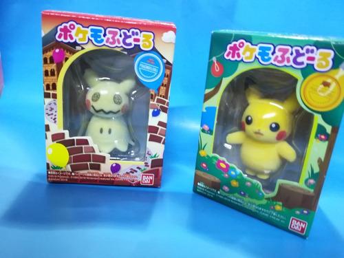 2 mini figuras originales de pokemon pikachu y mimikyu