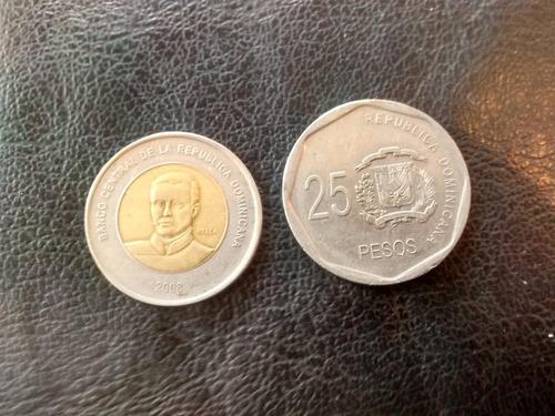 2 monedas rep dominicana 10 y 25 pesos  (d5