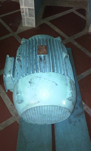 2 motores trifasicos de 15 hp marca ge y marelli