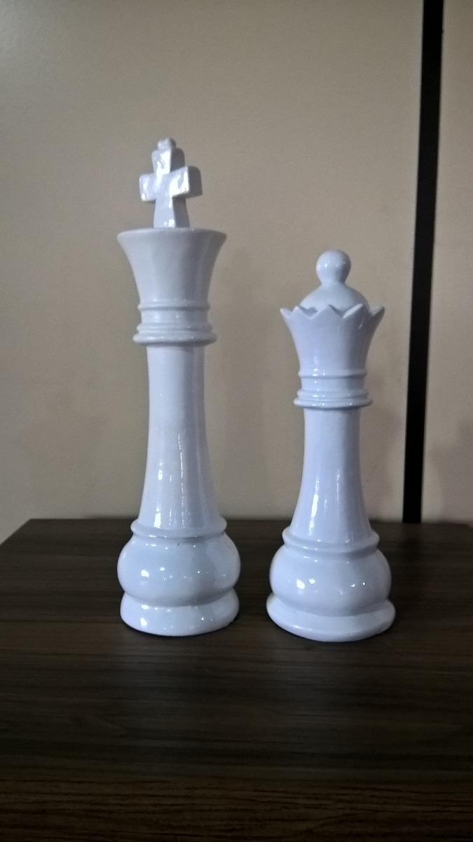 2 Peças Grande Xadrez Rei E Rainha Escultura Em Gesso R$ 89,00 em Mercado Livre -> Peças Grandes De Xadrez Para Decoração