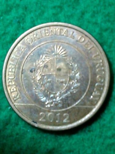 2 pesos. uruguay. 2012. carpincho
