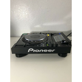 2 Pioneer Cdj-2000nxs Dj Turntables W Djm 900nxs 2000 Nxs