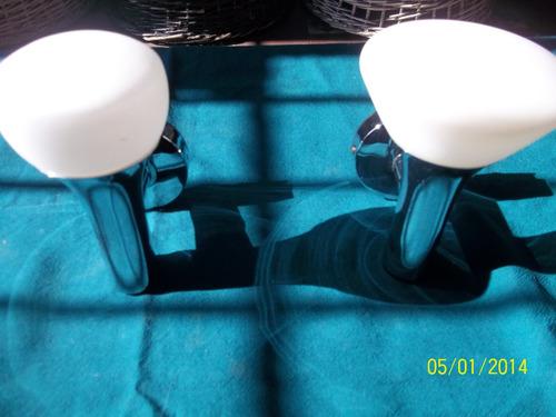 2 plafones  cromados con opalina de vidrio