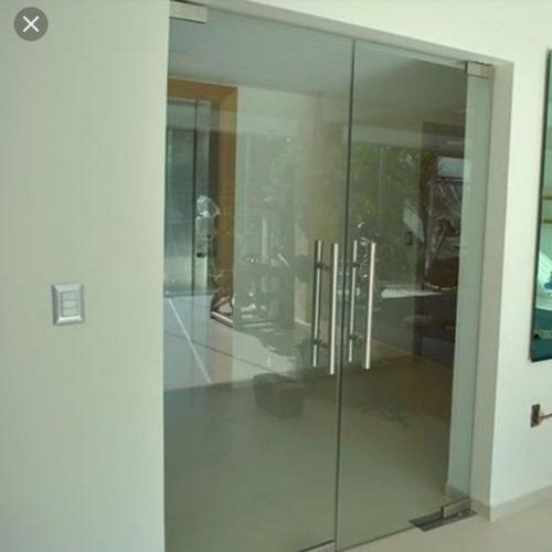 2 puertas batiente de vidrio templado de 10mm