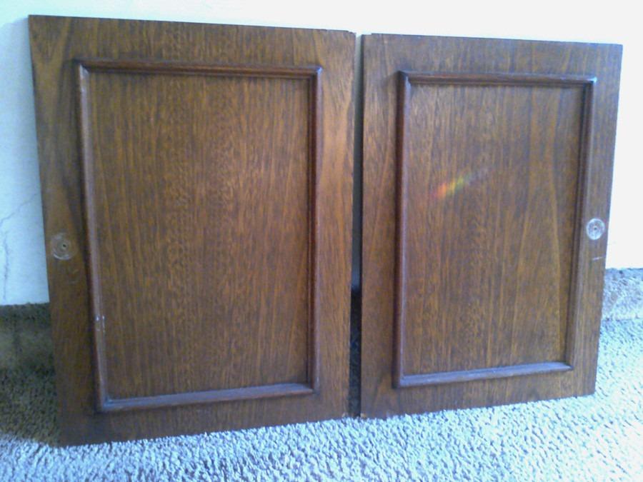 Como restaurar puertas de madera unas viejas puertas o for Restaurar puertas de madera interior