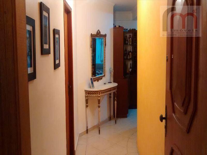 2 quadras da praia, lindo apartamento generoso e muito bem distribuido, vaga de garagem demarcada. agende uma visita! - codigo: ap0645 - ap0645