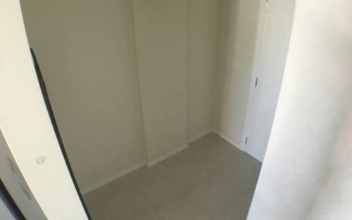 2 quartos sendo 1 suíte mobiliado e cozinha equipada em home club