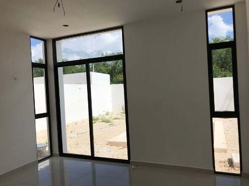 2 residencias en privada con alberca y amenidades