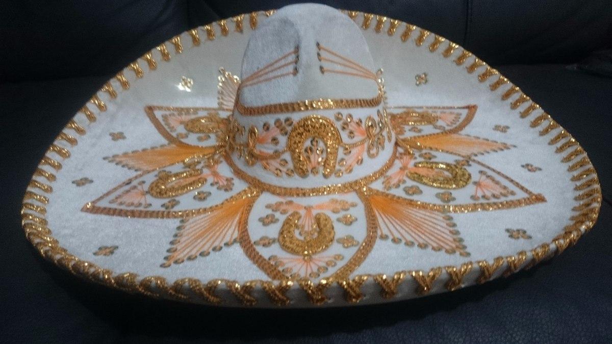 90bf86ce68b93 2 sombrero charro blanco oro plata adulto fino mariachi mex. Cargando zoom.