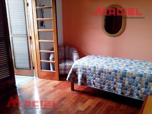 2 suites - 4 dorm - 1 vaga