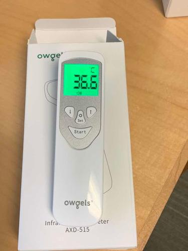 2 termómetros infrarrojos medicos