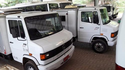 2 unidades mercedes 710 4x2 ano 2010/2011 cabine suplementar