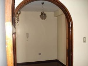 20-1117 amplio apartamento en las palmas