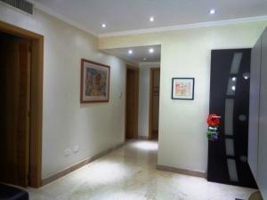 20-2877 moderno apartamento en colinas de bello monte