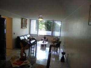 20-9012 amplio, iluminado y comodo apartamento en mariperez