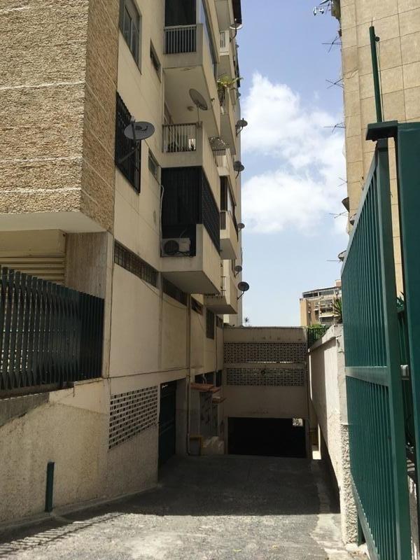 20-9195 apartamento en cna bello monte yanet 414-0195648