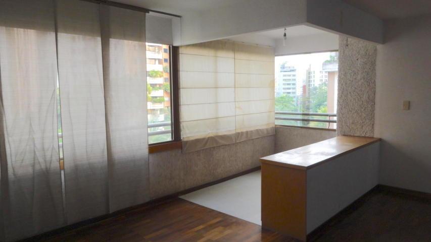 20-9650 apartamento en l florida yanet 414-0195648