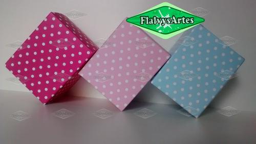20 caixinhas em papel decorada poá