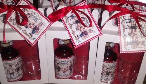 20 mini vinhos personalizados completos + 2 kits de brinde