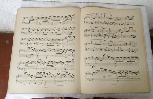 20 pequeños estudios para flauta, garibaldi