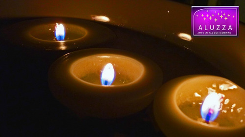 20 velas flotantes  de  5.5 x 3 cm.  aluzza