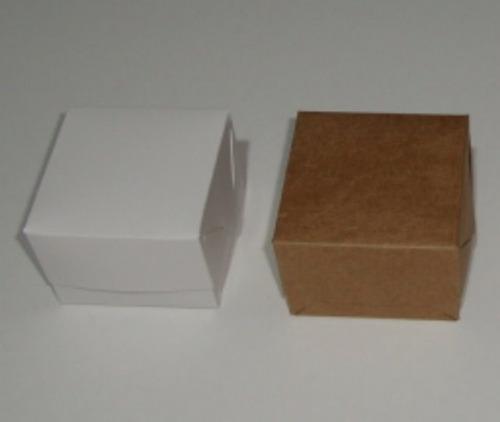 200 caixas/embalagens para doce ou trufa.medidas 5 x 5 x 3,5