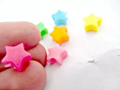 200 estrellitas de colores plasticas pasantes para pulseras