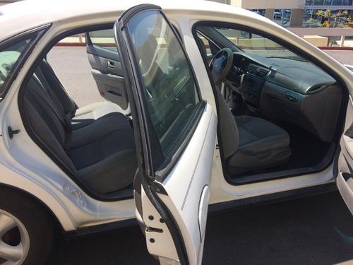2000 ford taurus 4 door sedan ac and full power