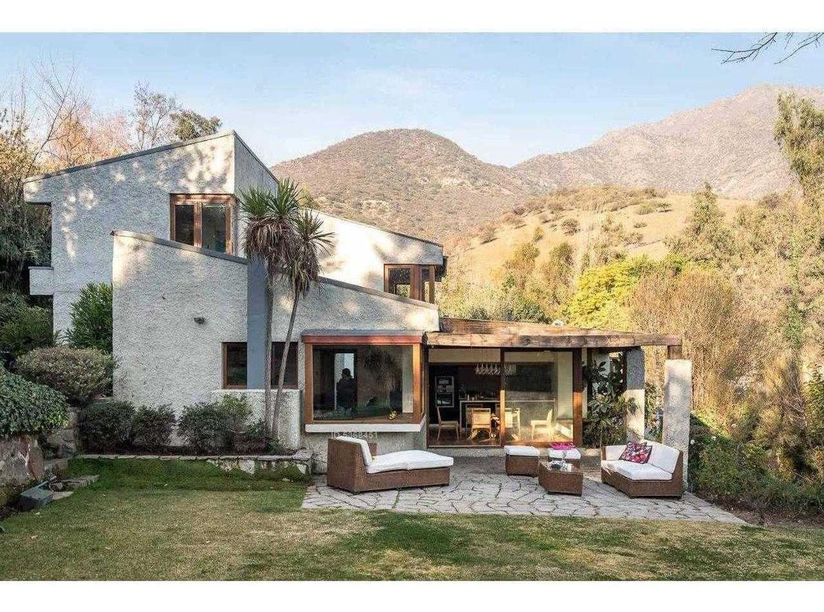 2000m2 de terreno, remodelada (casa alvaro casanova - interno: 190248)