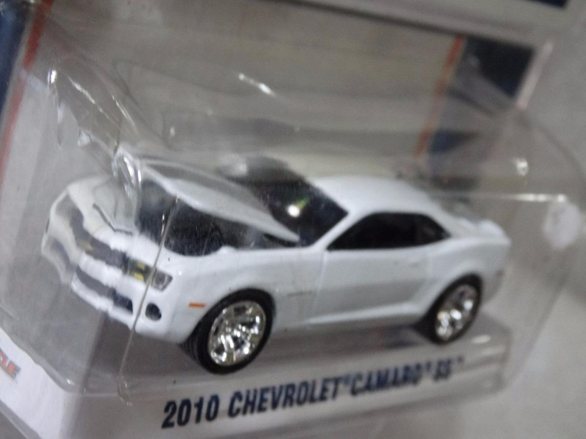 Captivating 2010 Chevrolet Camaro Ss   Greenlight   1:64. Carregando Zoom.
