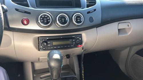 2010 mitsubishi l200 diesel  4x4