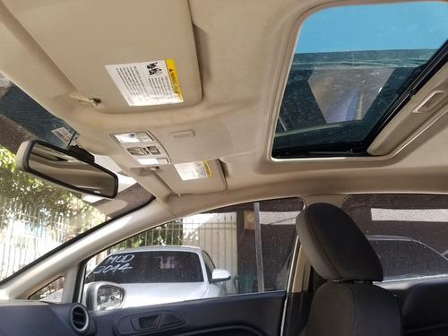 2011 ford fiesta ses motor 1.6 plateado 5 puertas