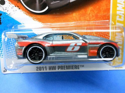 2011 hot wheels premiere  custom 11 camaro gris