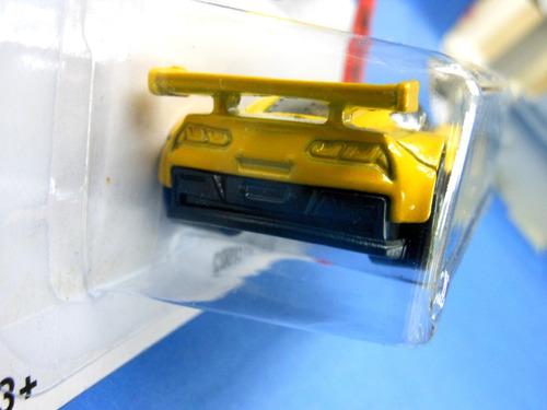 2013  hot wheels  corvette c7.r amarillo # 155   hw race