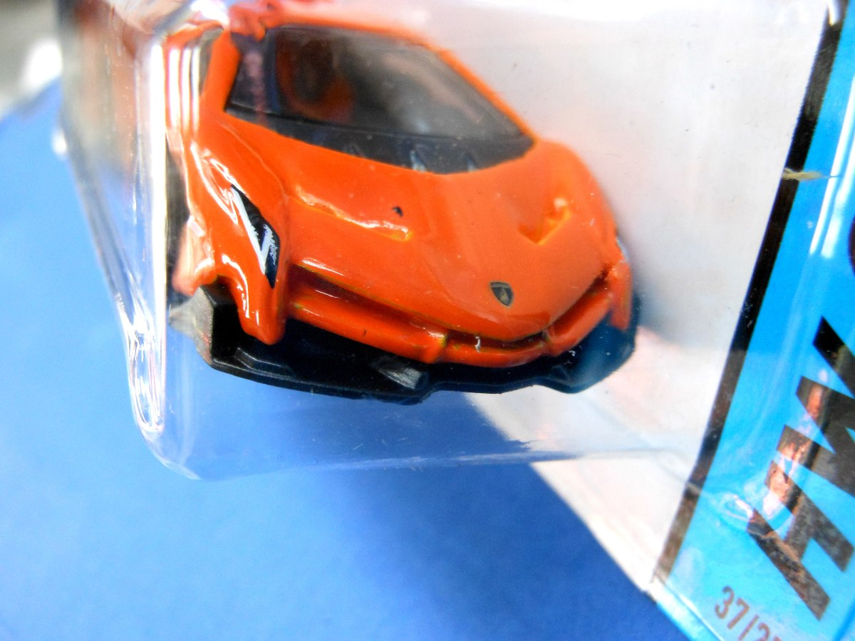 lamborghini veneno miniatura with Mlm 557386403 2013 Hot Wheels Lamborghini Veneno Naranja 37 Hw City  Jm on MLM 557386403 2013 Hot Wheels Lamborghini Veneno Naranja 37 Hw City  JM additionally MCO 447655294 Juguete Hot Wheels 2015 Hw Workshop Lamborghini Veneno M  JM besides MLM 559931344 Hot Wheels Lamborguini Veneno Rojo Edicion 2015  JM in addition MLM 558789310 Lamborghini Veneno Auto A Escala De Coleccion  JM as well MLM 558524268 Lamborghini Veneno Escala 118 Autoart 74505  JM.