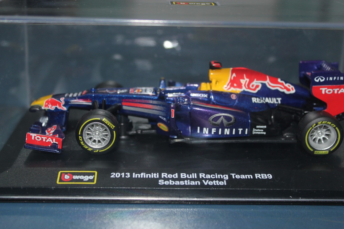 2013 Infiniti Red Bull Racing Team Rb9 61f71cd1f5b7e
