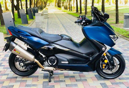 2017 scooter yamaha yp 530 tmax con accesorios