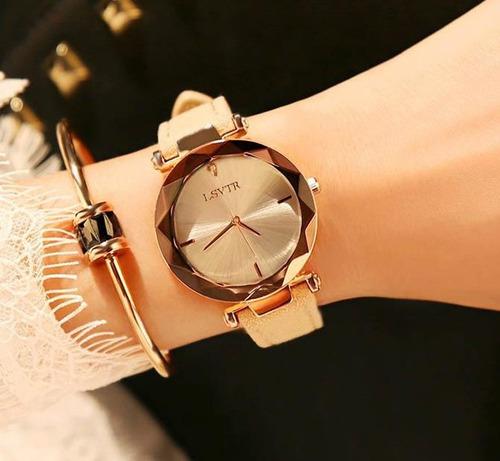 3d9d91fe0bf 2018 Mulheres Relógio Requintado Luxo Top Diamante De Quartz - R  99 ...