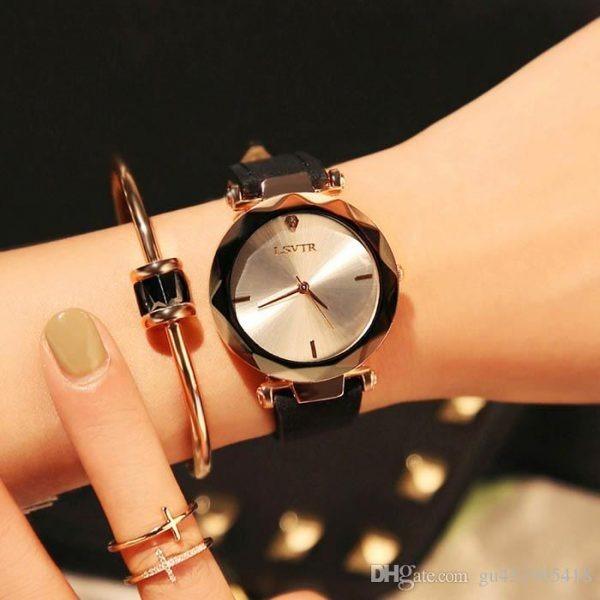 0a4bdd4bf79 2018 Mulheres Relógio Requintado Luxo Top Diamante De Quartz - R ...