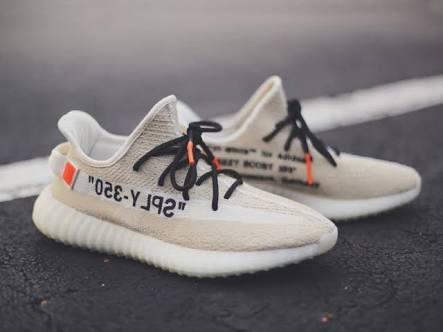 a77c5fc074d5 2018 Off-white X adidas Originals Yeezy Boost 350 V2 - S  550