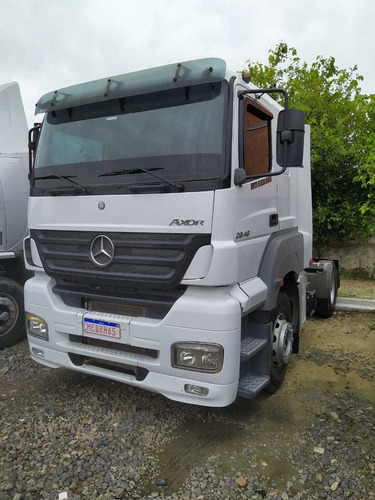 2040 caminhão mercedes