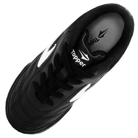 20%off Chuteira tênis Futsal Topper Dominator Preto   Branco - R  99 ... f446ac76fa63f